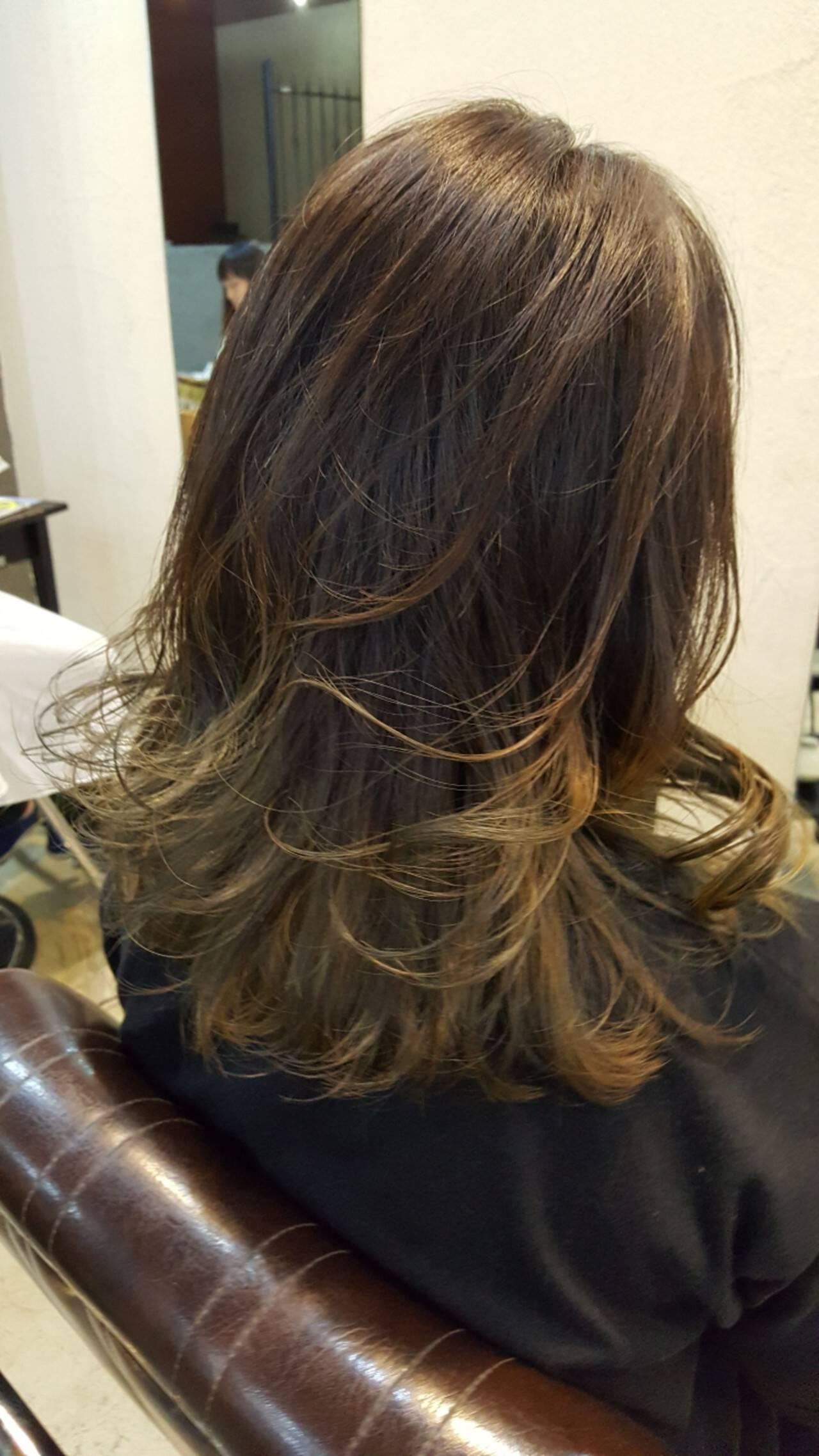 グラデーションカラー ミディアム イルミナカラー 上品ヘアスタイルや髪型の写真・画像