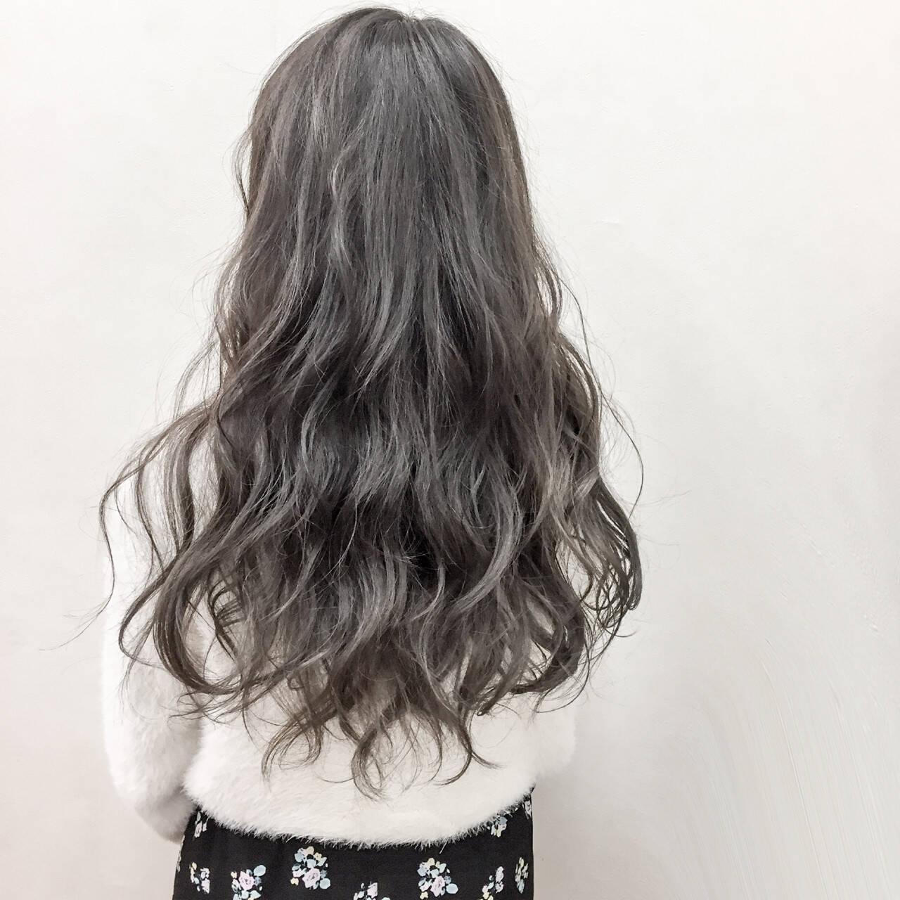 アンニュイ エレガント グレージュ 上品ヘアスタイルや髪型の写真・画像