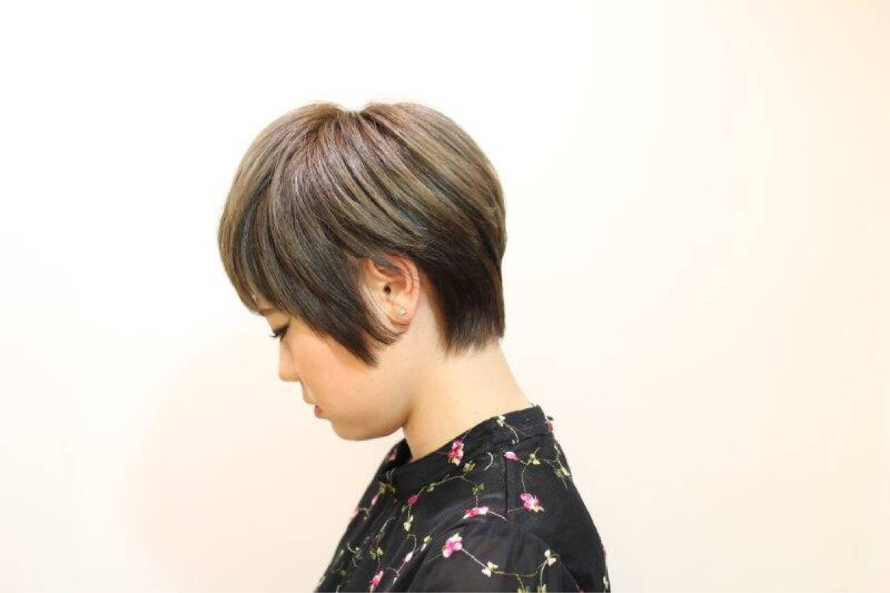 ショート フェミニン ボーイッシュ ベリーショートヘアスタイルや髪型の写真・画像