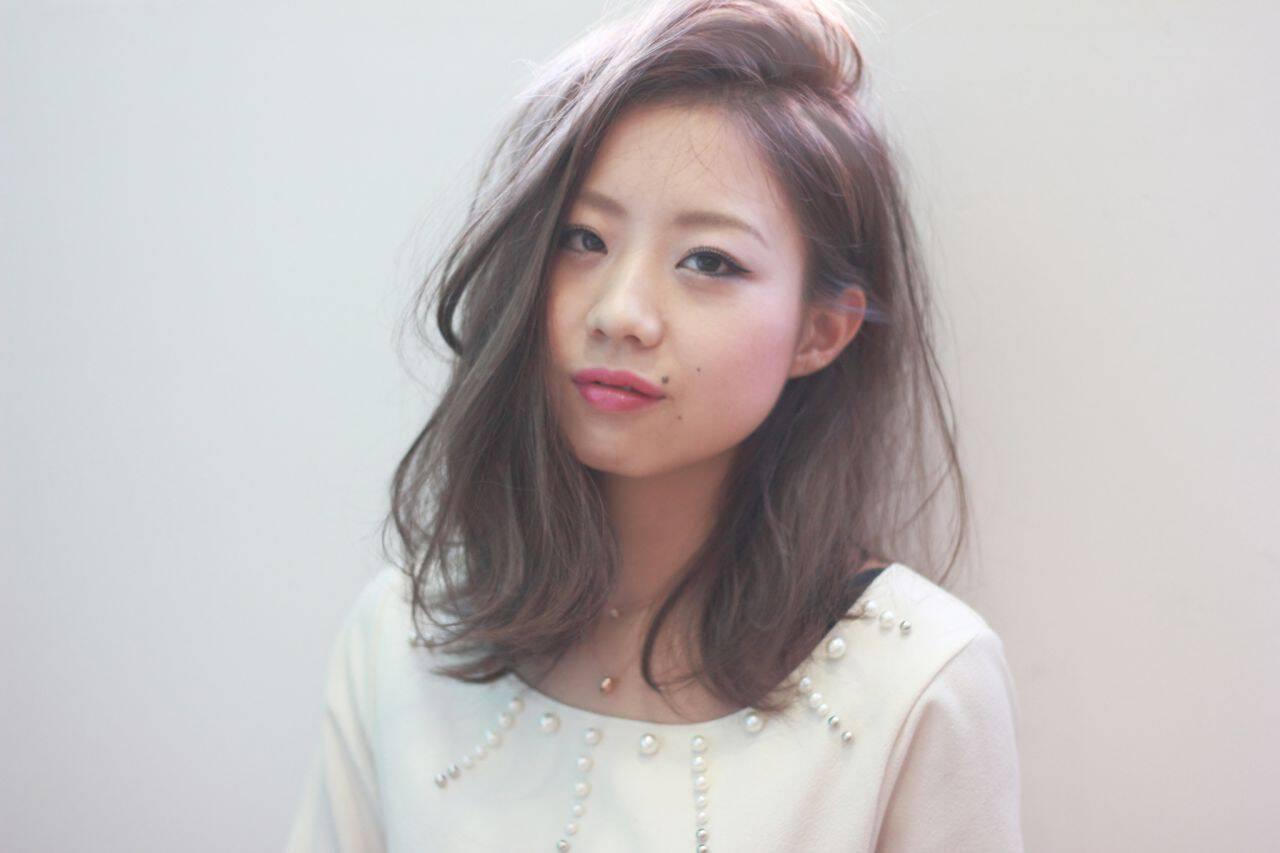 フェミニン コンサバ ミディアム 秋ヘアスタイルや髪型の写真・画像