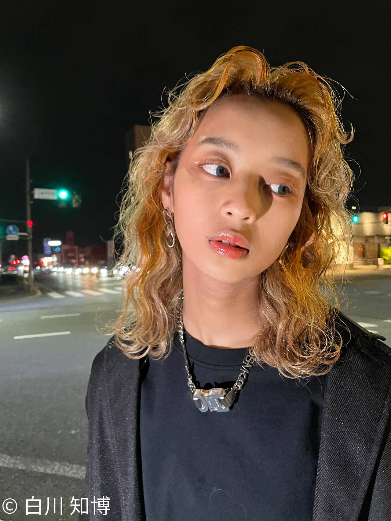 ストリート フリンジバング オレンジカラー ミディアムヘアスタイルや髪型の写真・画像