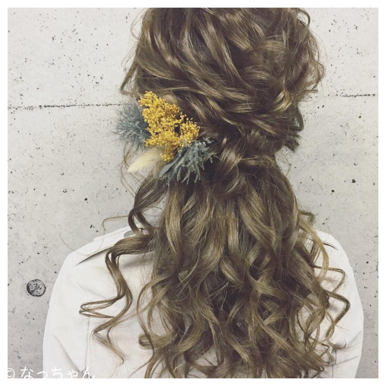 エレガント 上品 ドライフラワー ハーフアップヘアスタイルや髪型の写真・画像
