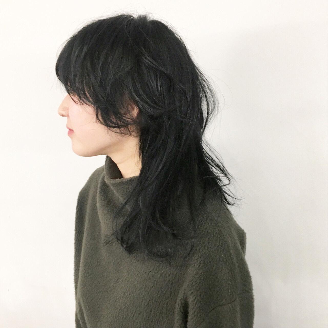 パーマ ミディアム マッシュウルフ ネオウルフヘアスタイルや髪型の写真・画像