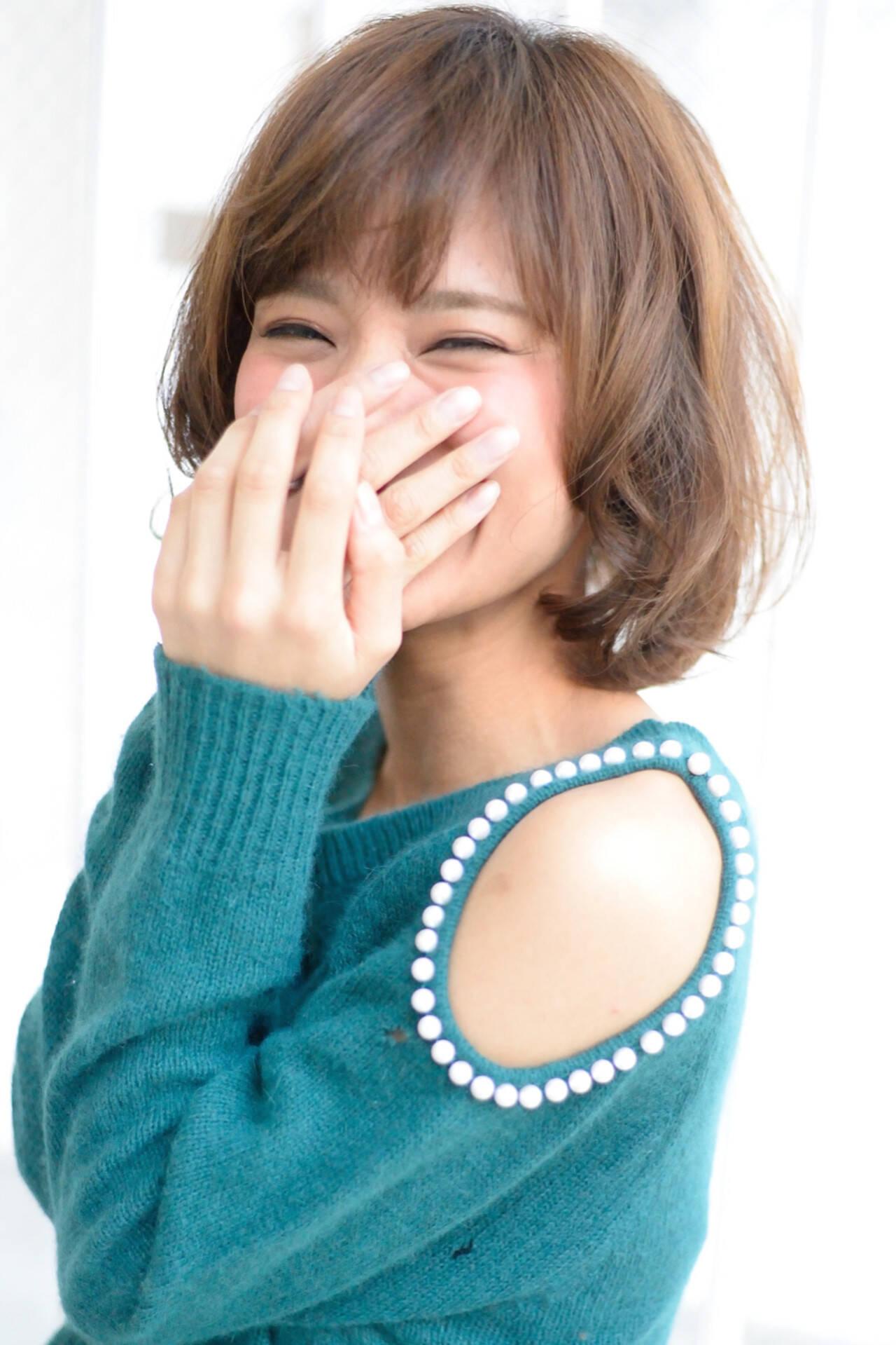 大人かわいい フェミニン パーマ ミディアムヘアスタイルや髪型の写真・画像