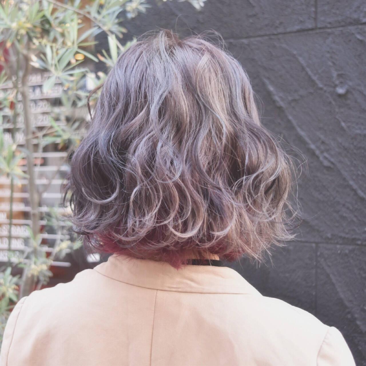 インナーカラー ストリート ピンク ボブヘアスタイルや髪型の写真・画像