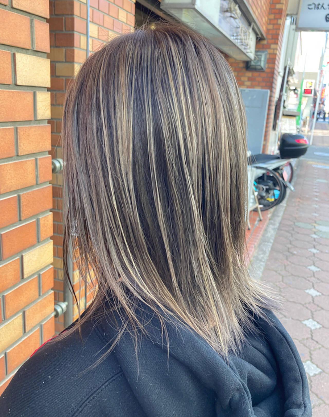 ミディアム ストリートヘアスタイルや髪型の写真・画像