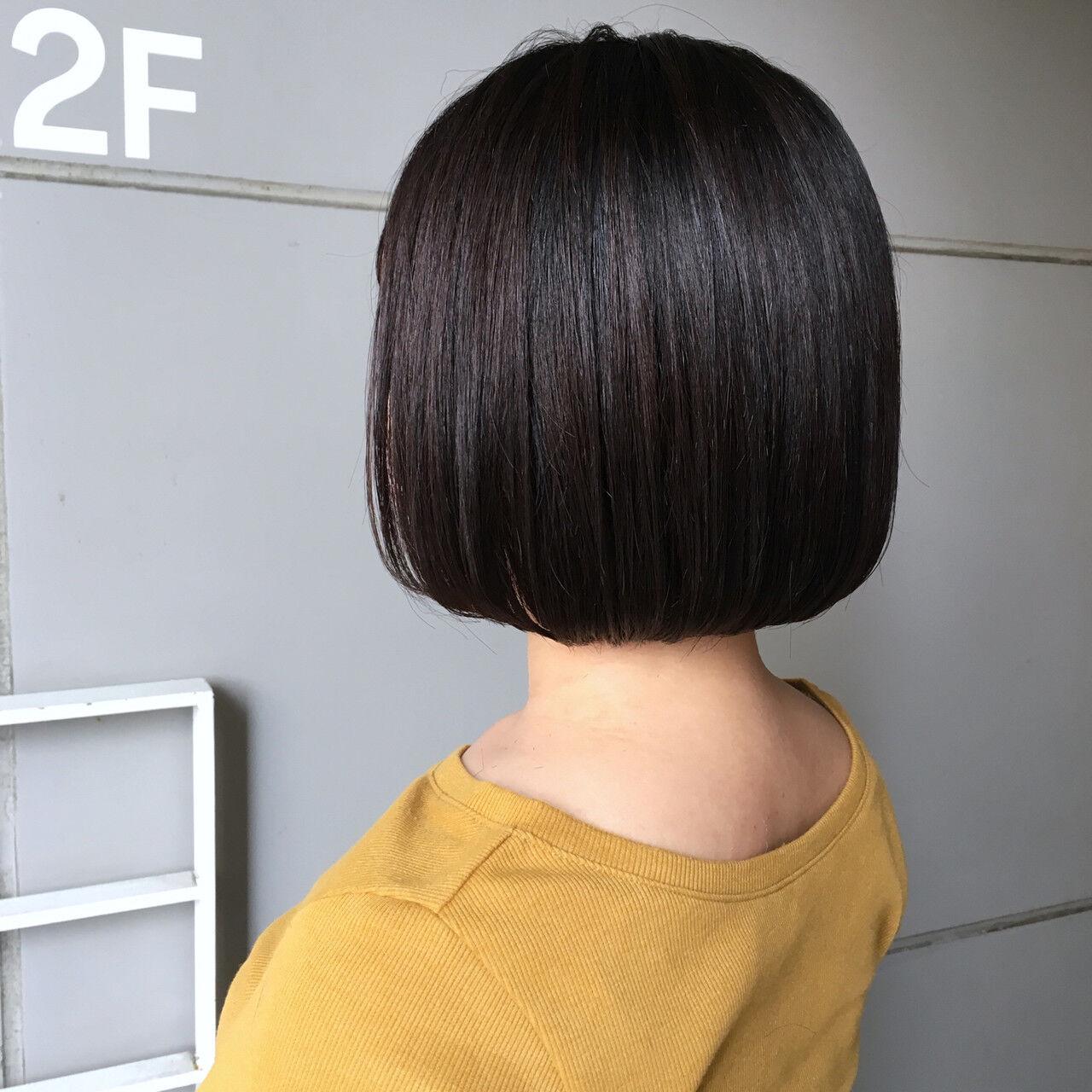 ナチュラル ミニボブ 切りっぱなしボブ ツヤ髪ヘアスタイルや髪型の写真・画像