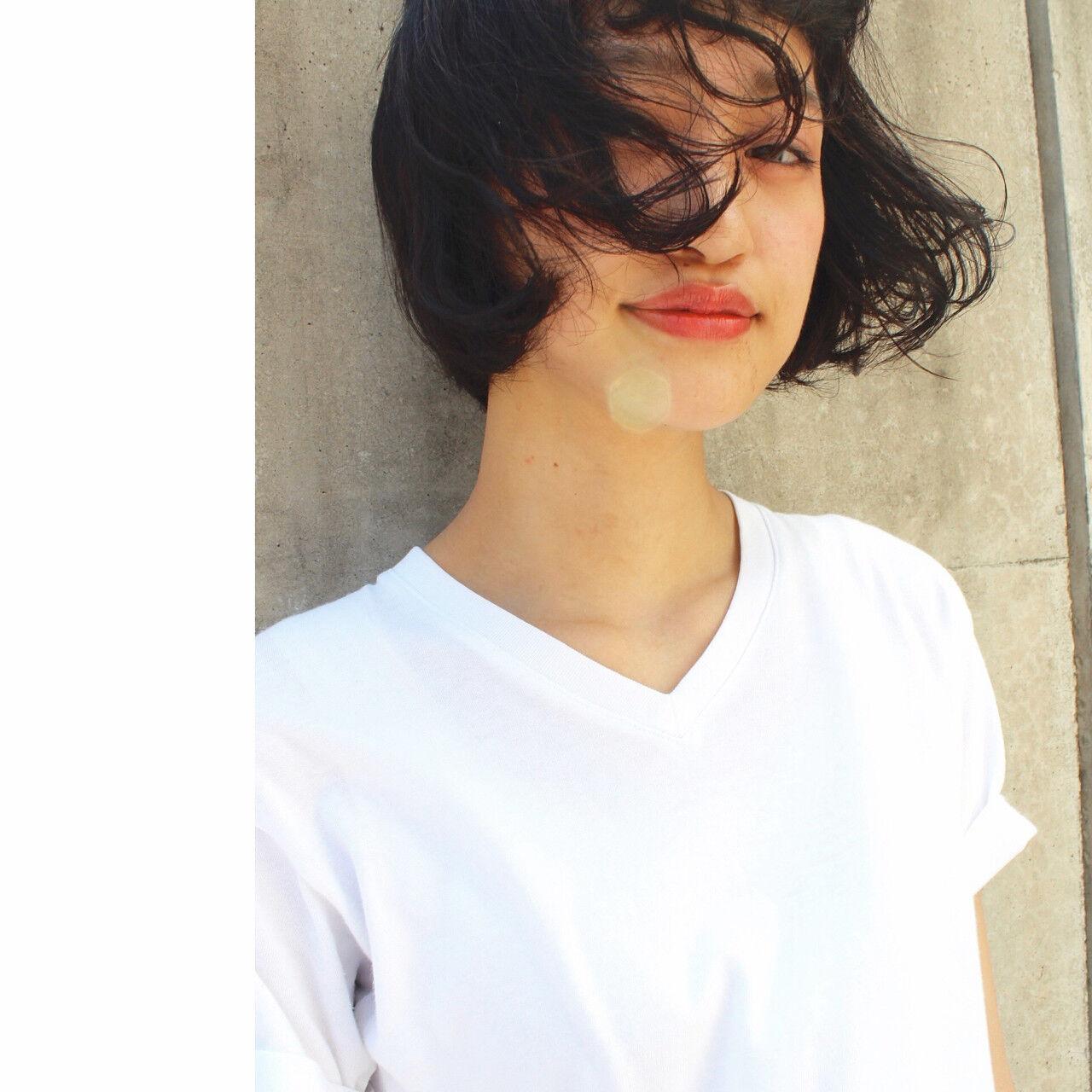 ストリート 暗髪 パーマ ピュアヘアスタイルや髪型の写真・画像