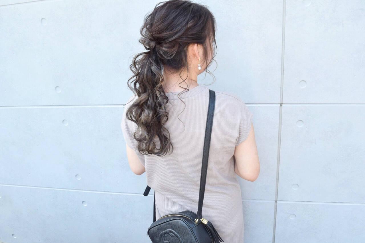 ガーリー セミロング ヘアセット グレージュヘアスタイルや髪型の写真・画像