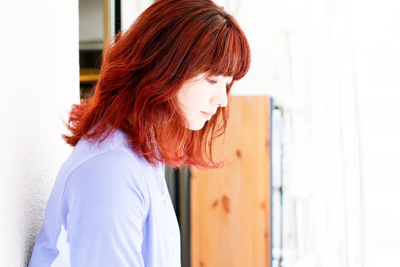 インナーカラーオレンジ ボブ ナチュラル コーラルヘアスタイルや髪型の写真・画像