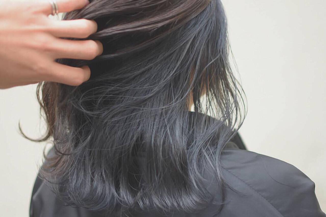 ミディアム ハイライト インナーカラー ダブルカラーヘアスタイルや髪型の写真・画像