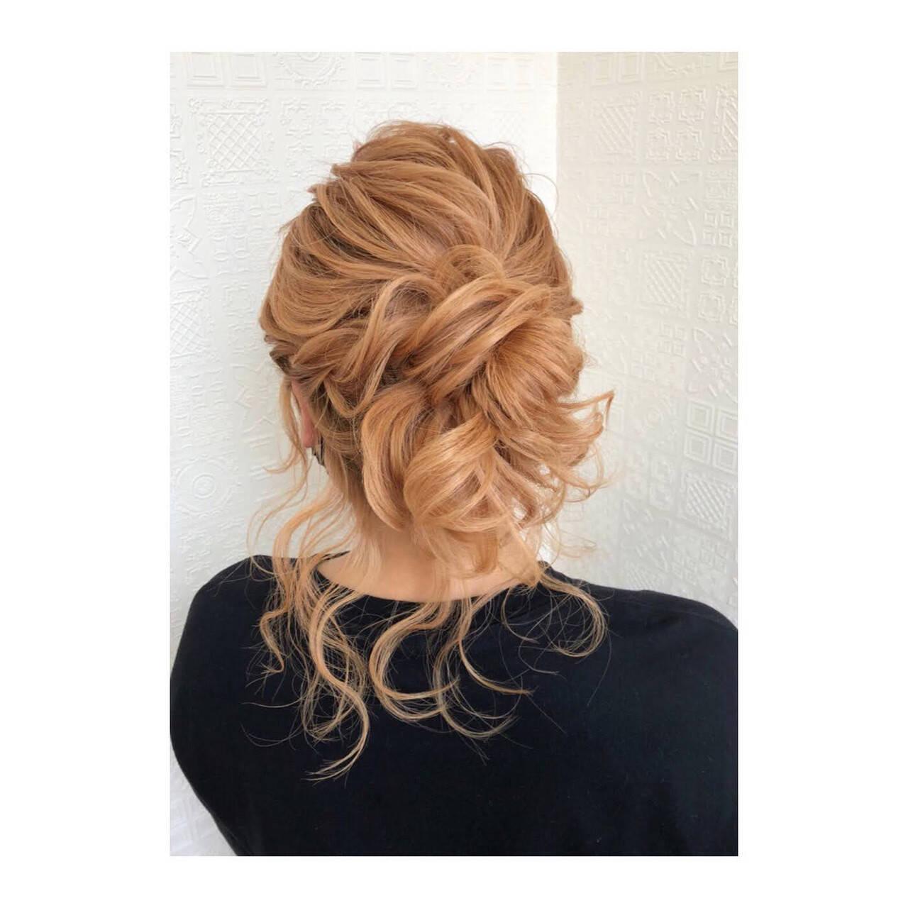 セミロング ヘアアレンジ フェミニン ふわふわヘアアレンジヘアスタイルや髪型の写真・画像
