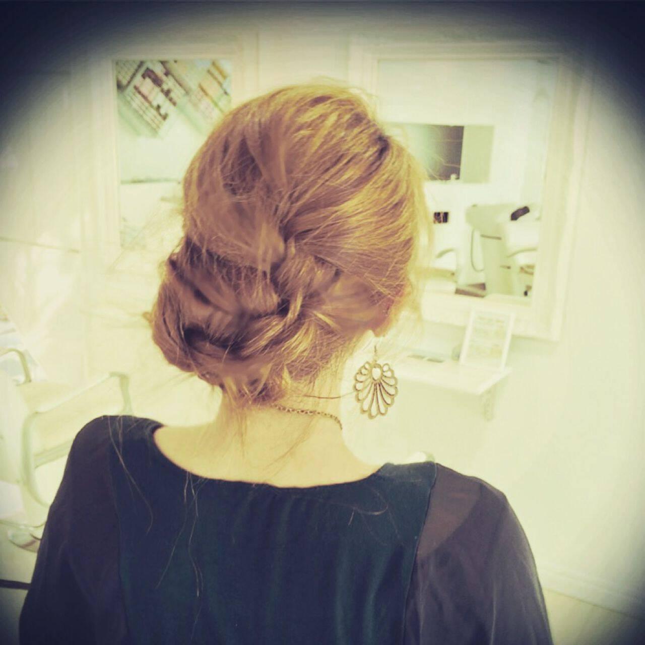 ロング ゆるふわ 簡単ヘアアレンジ 編み込みヘアスタイルや髪型の写真・画像