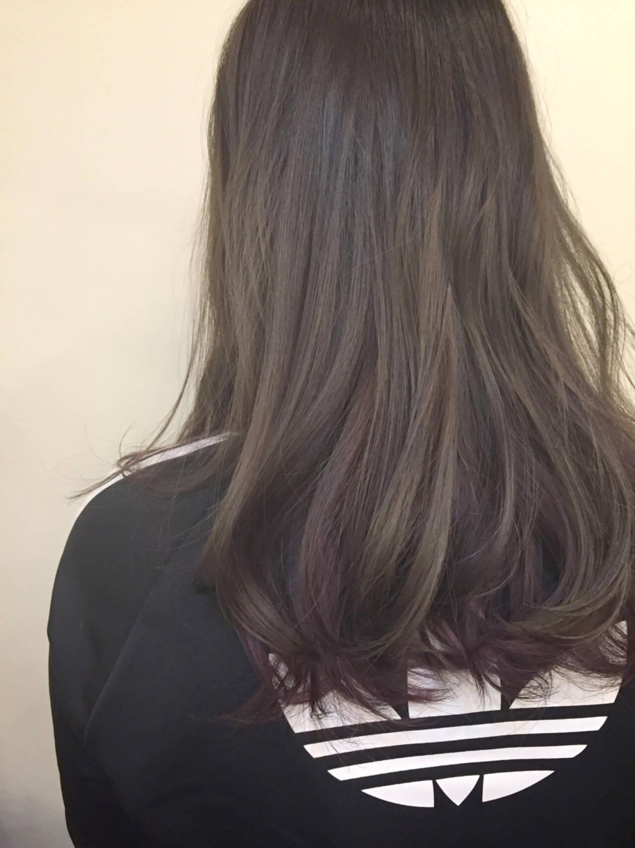 モード インナーカラー アッシュ セミロングヘアスタイルや髪型の写真・画像