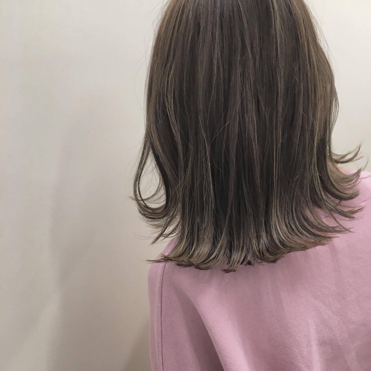 切りっぱなし セミロング ナチュラル ボブヘアスタイルや髪型の写真・画像