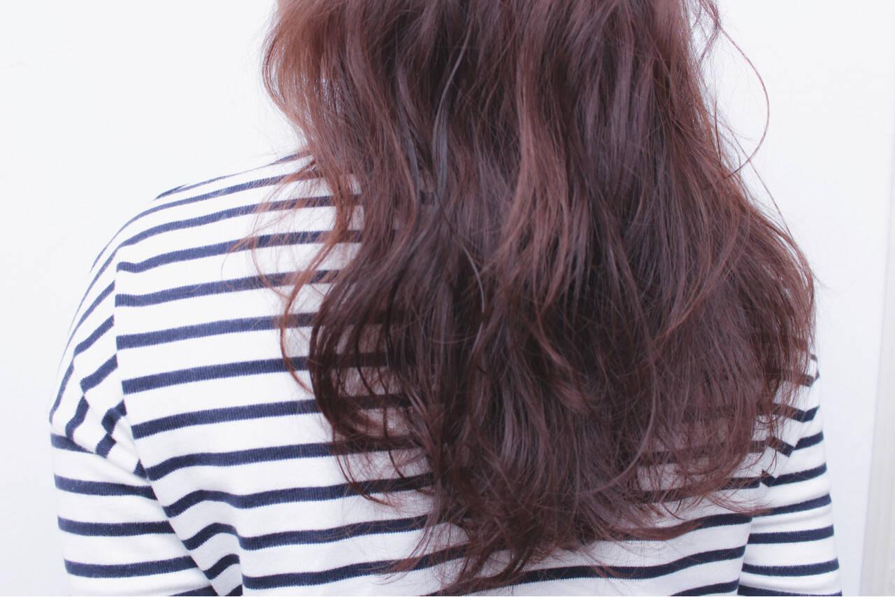 ナチュラル ラベンダーピンク グレージュ パーマヘアスタイルや髪型の写真・画像
