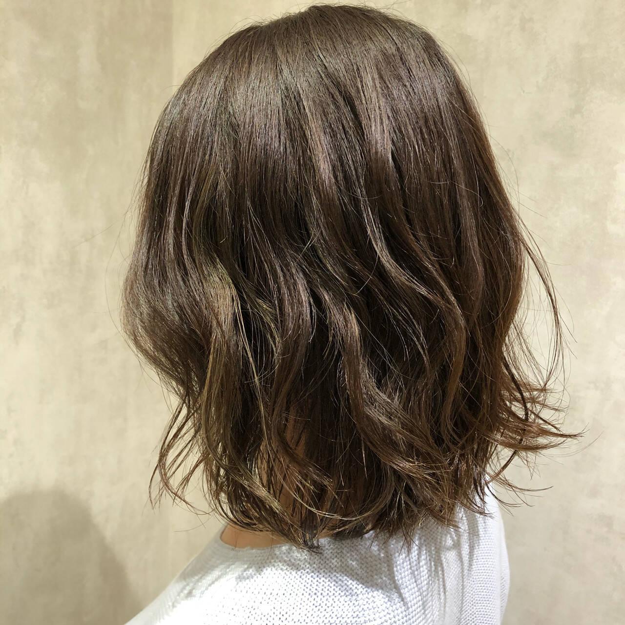 インナーカラー ナチュラル ボブ ミニボブヘアスタイルや髪型の写真・画像