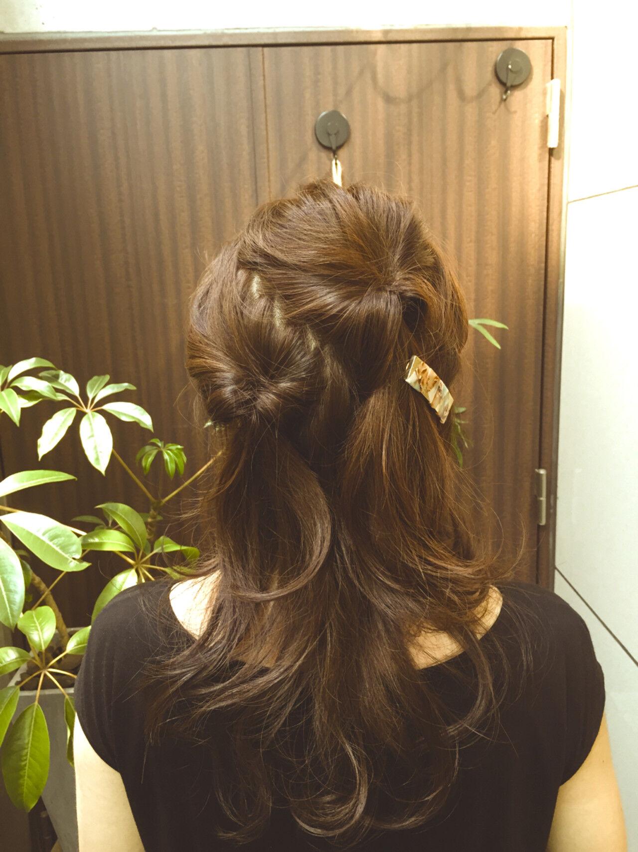 ヘアアレンジ フェミニン アッシュ ロングヘアスタイルや髪型の写真・画像