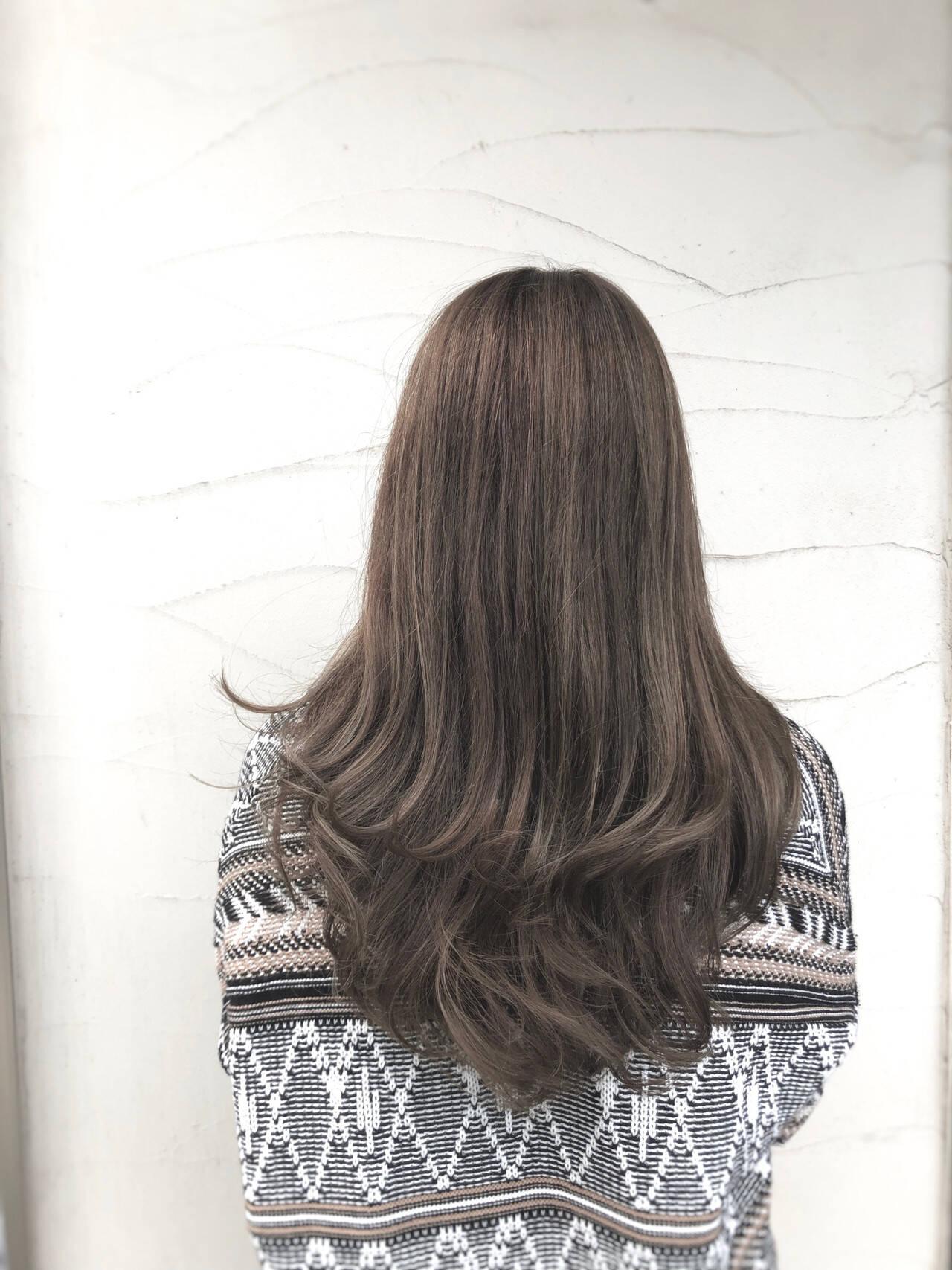 ロング パーマ アウトドア スポーツヘアスタイルや髪型の写真・画像