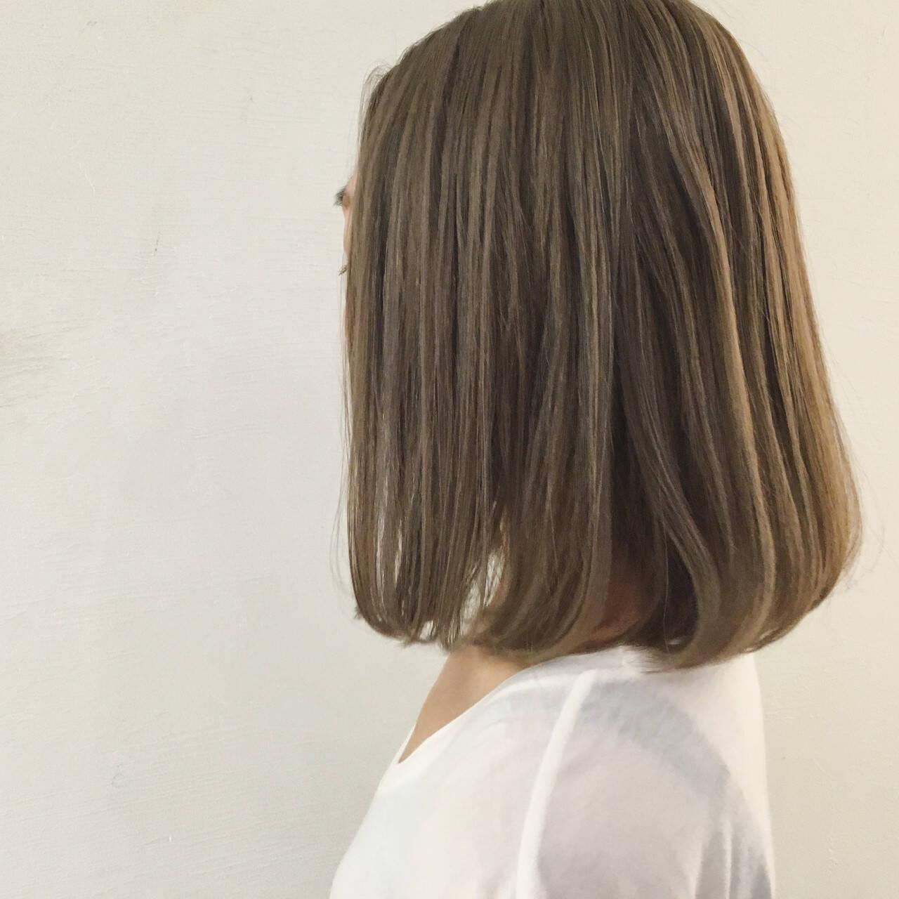 ストリート アッシュ 切りっぱなし ダブルカラーヘアスタイルや髪型の写真・画像