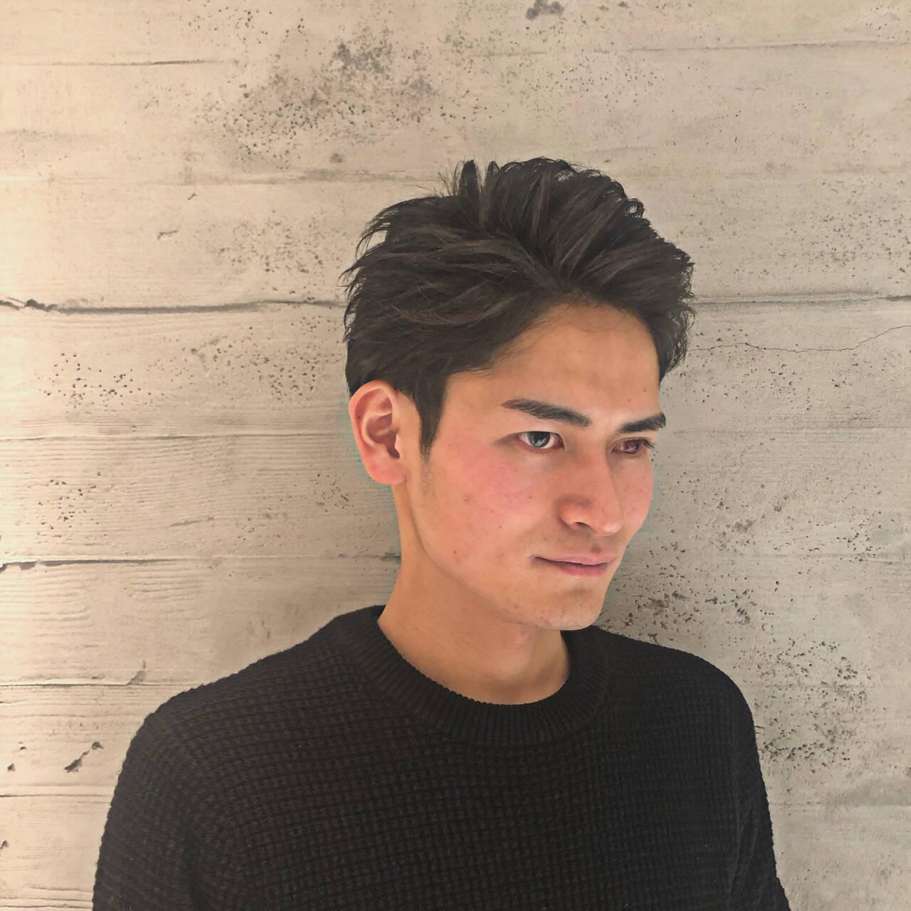 メンズパーマ メンズ ショート ツーブロックヘアスタイルや髪型の写真・画像