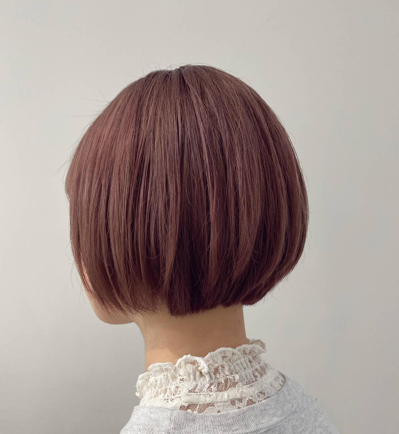 ピンクベージュ ピンク ミニボブ モードヘアスタイルや髪型の写真・画像