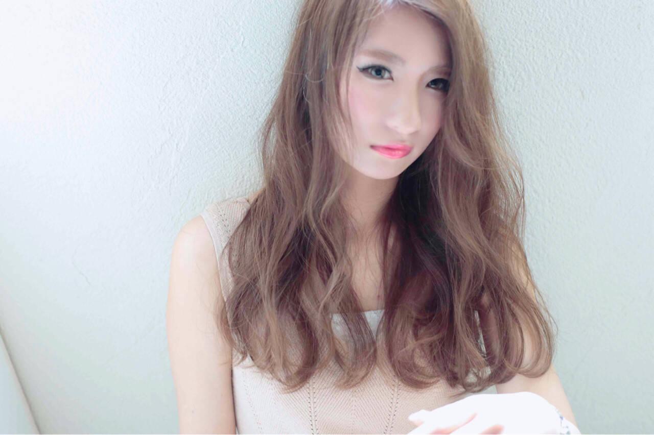 アッシュ ロング かき上げ前髪 前髪ありヘアスタイルや髪型の写真・画像