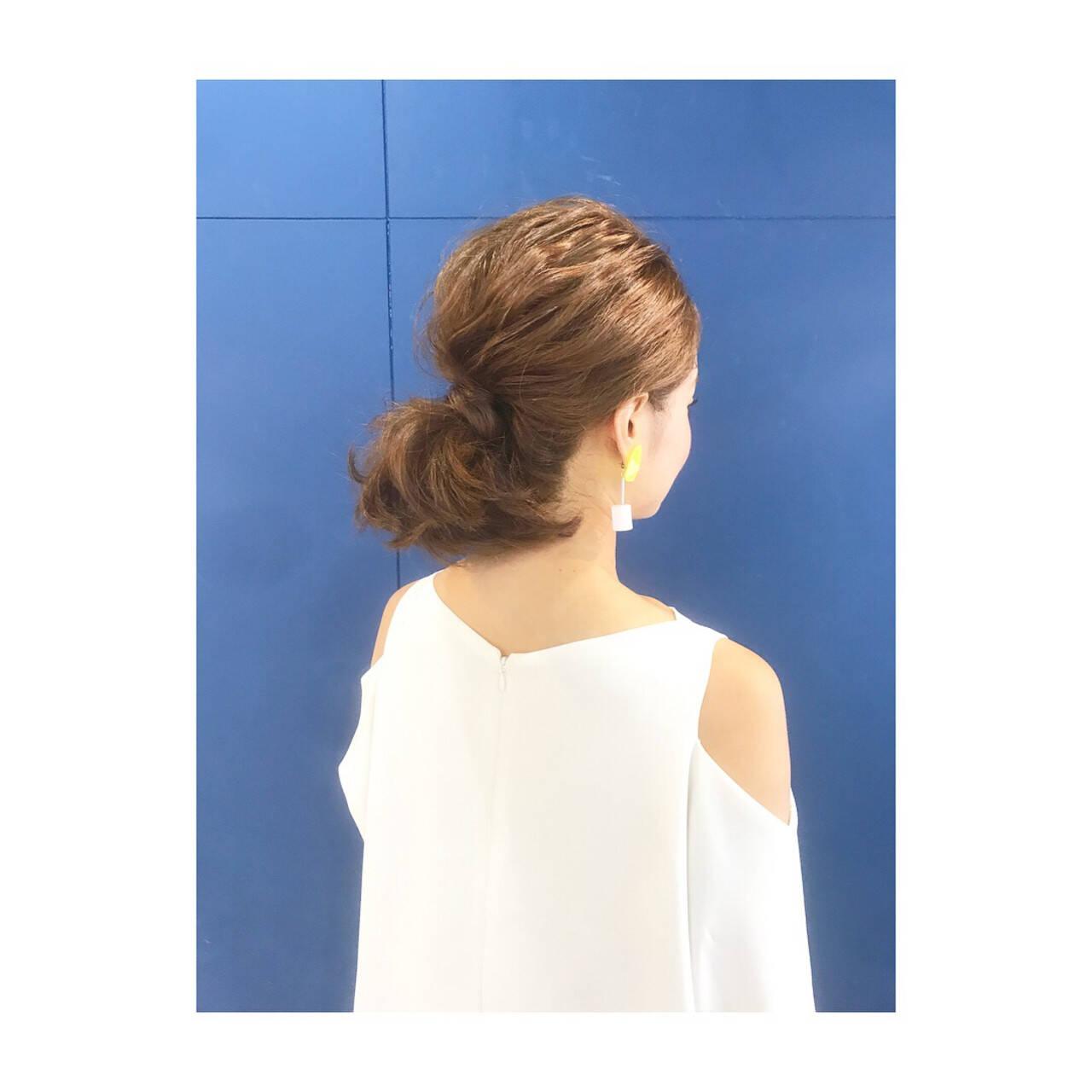 デート オフィス 福岡市 ミディアムヘアスタイルや髪型の写真・画像