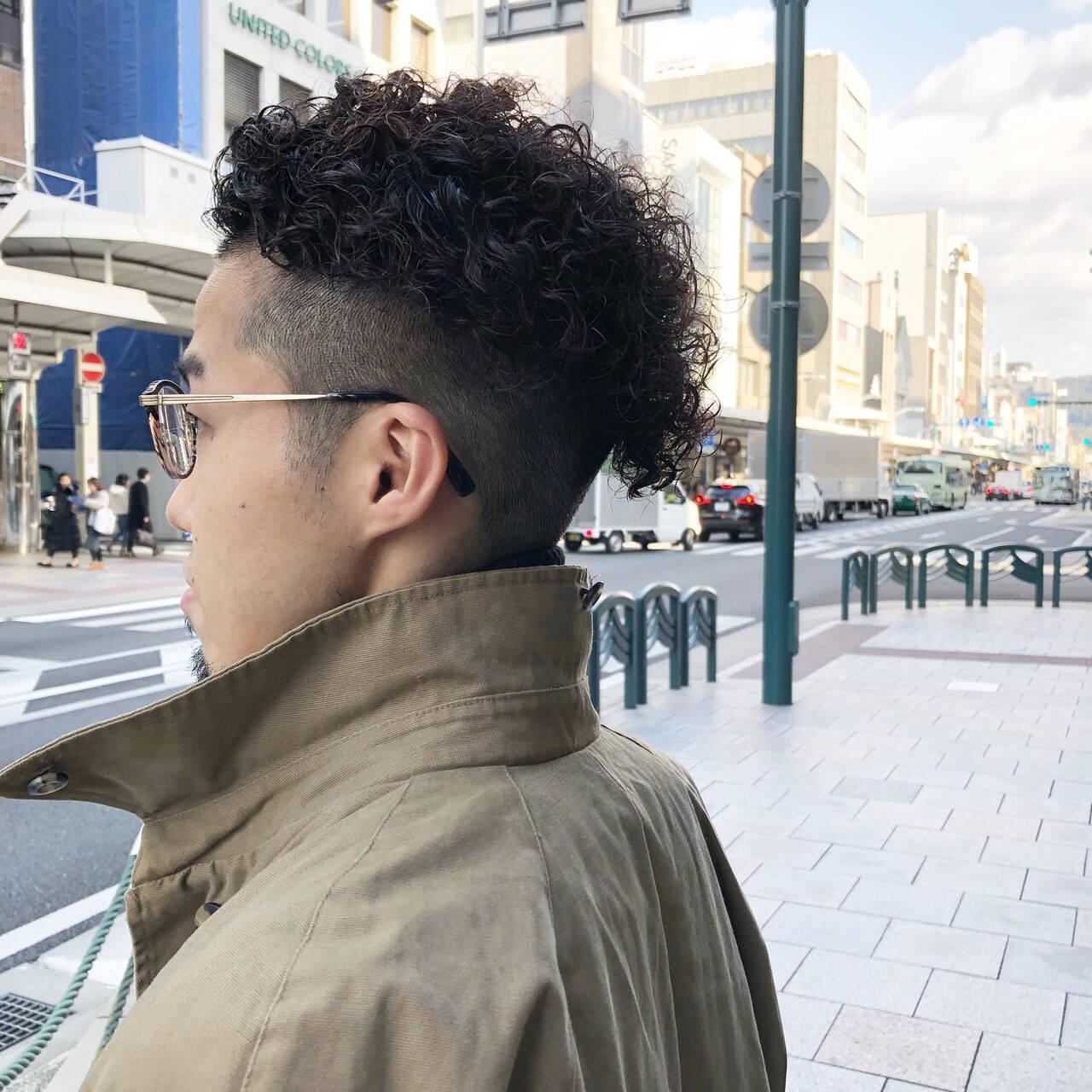 メンズヘア ナチュラル メンズカラー メンズパーマヘアスタイルや髪型の写真・画像