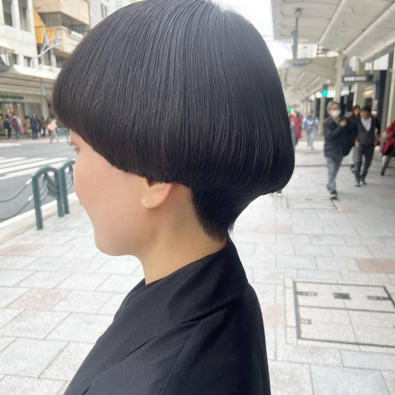 モード ショートマッシュ ボブ マッシュショートヘアスタイルや髪型の写真・画像