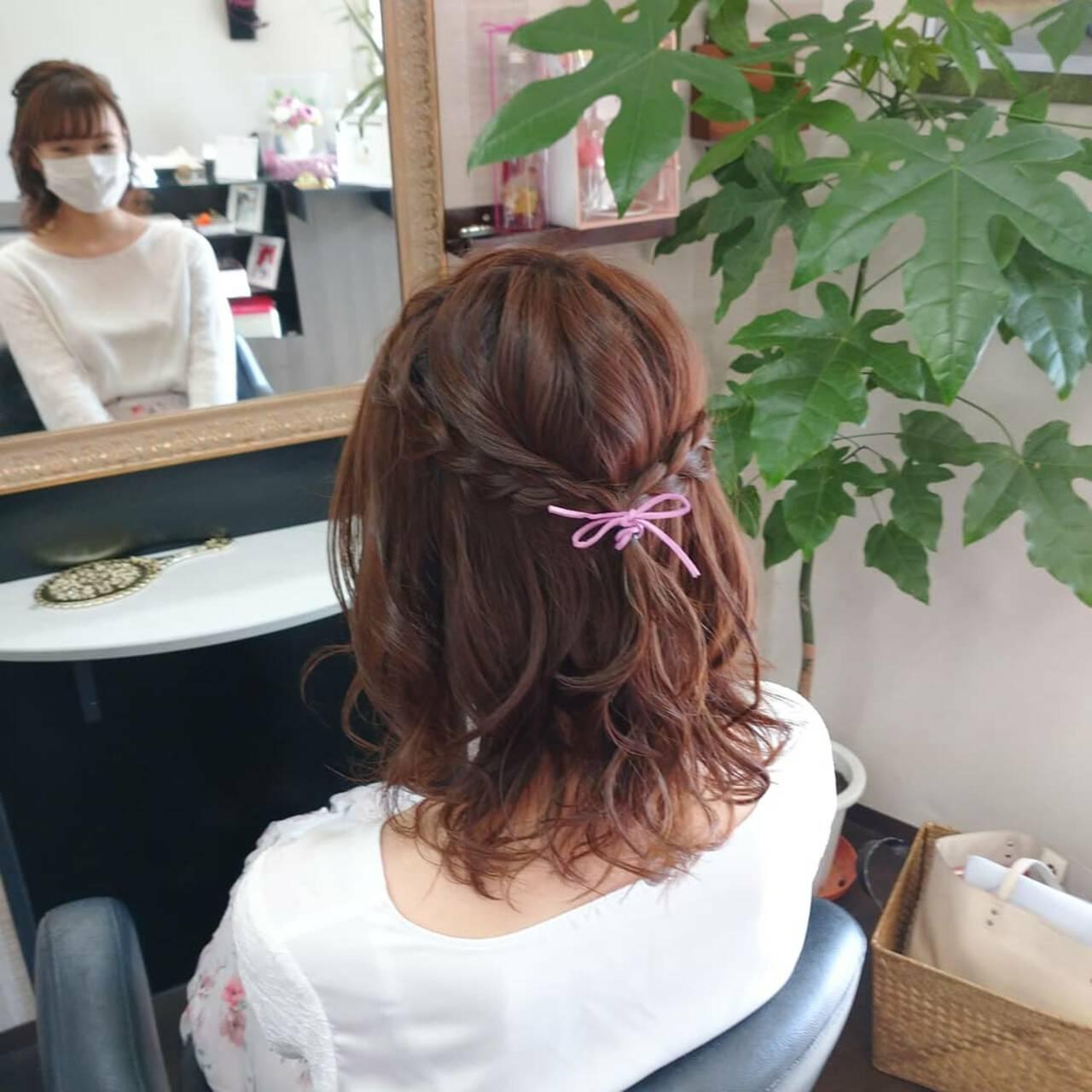 簡単ヘアアレンジ ふわふわヘアアレンジ ナチュラル ヘアアレンジヘアスタイルや髪型の写真・画像