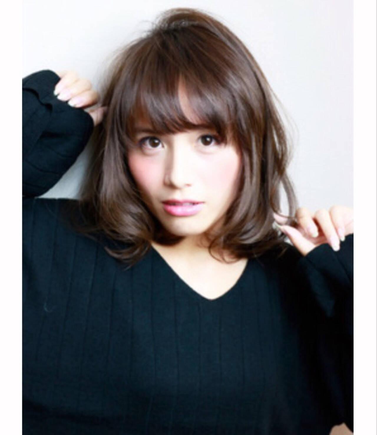 ロブ ミディアム 秋 ナチュラルヘアスタイルや髪型の写真・画像