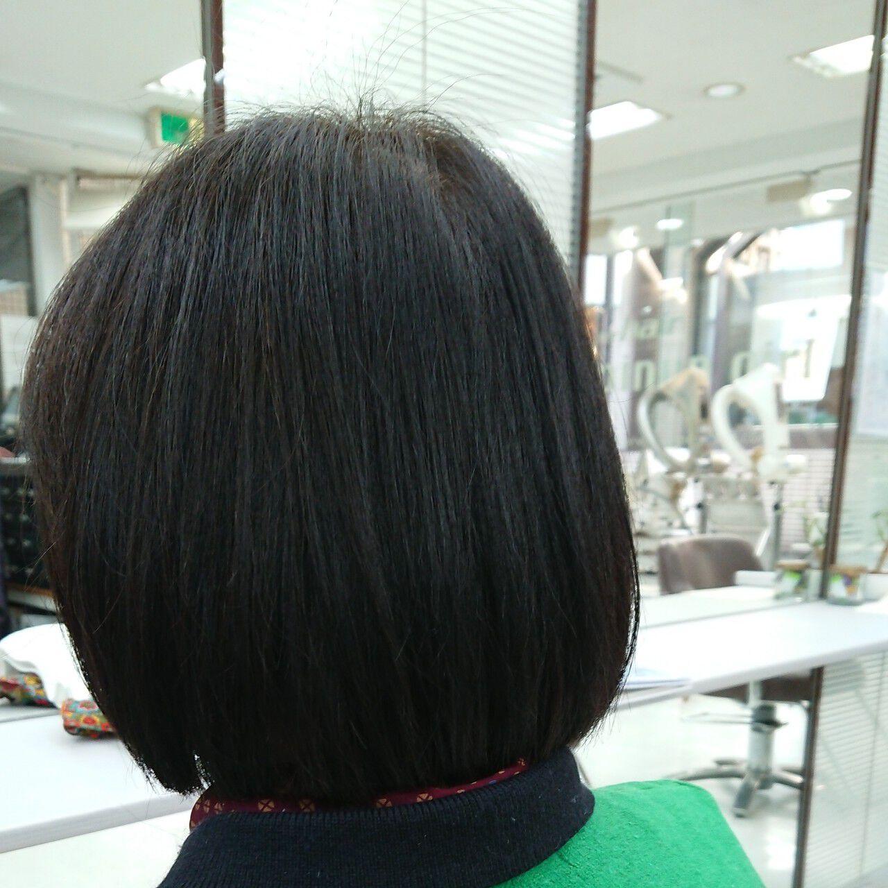ツヤ 白髪染め 内巻き ボブヘアスタイルや髪型の写真・画像