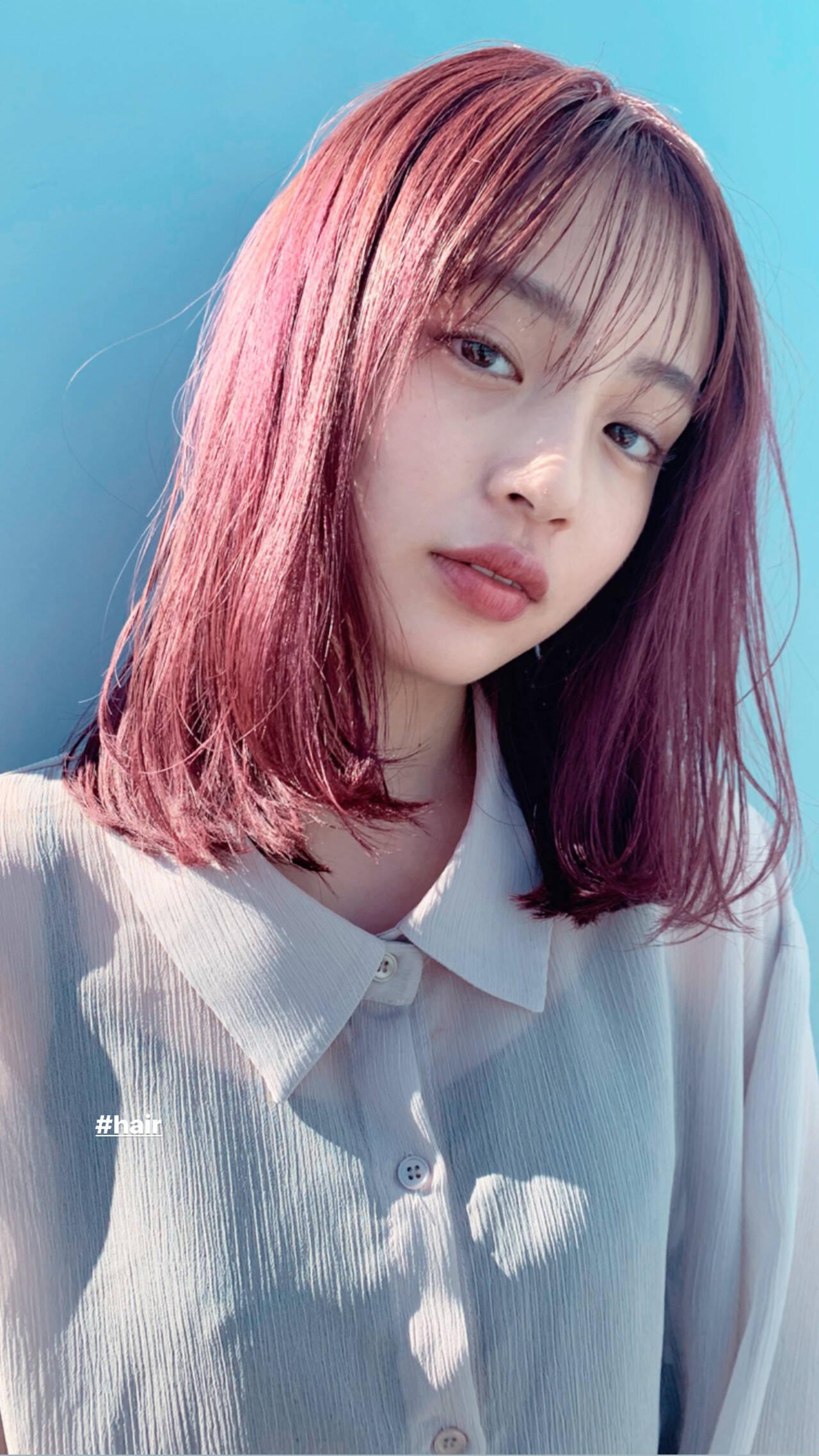 秋 ヘアカラー ピンク デートヘアスタイルや髪型の写真・画像