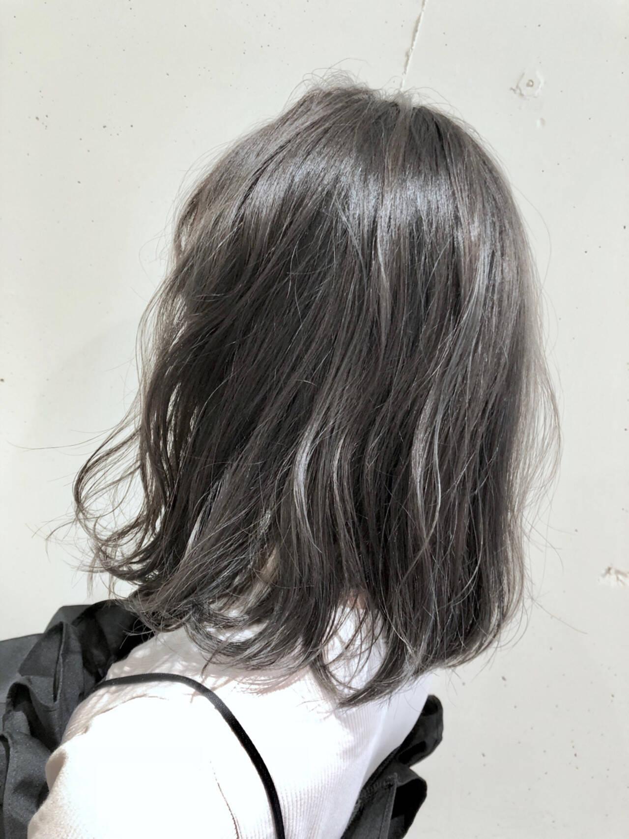 グラデーションカラー ハイライト ガーリー ウェーブヘアスタイルや髪型の写真・画像