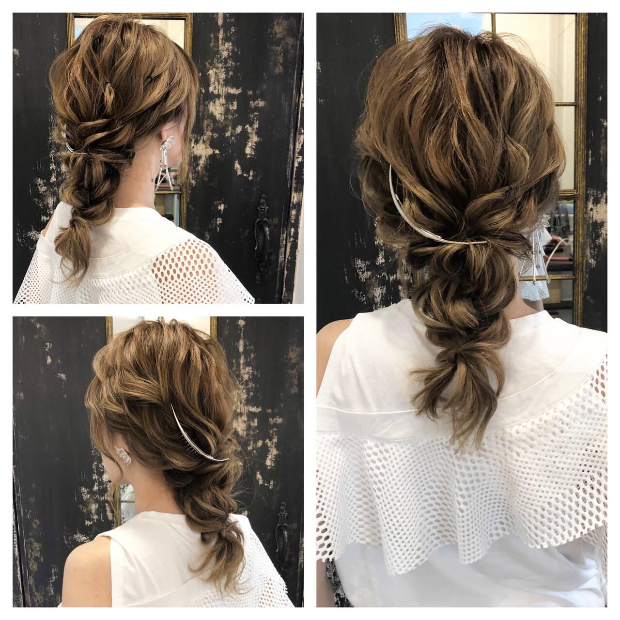 セミロング 成人式 結婚式 ナチュラルヘアスタイルや髪型の写真・画像