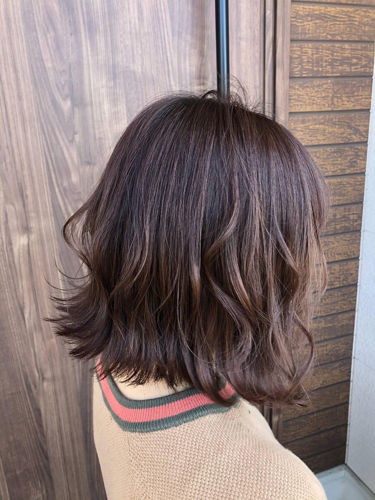 アッシュベージュ ミニボブ ショートボブ ベージュヘアスタイルや髪型の写真・画像