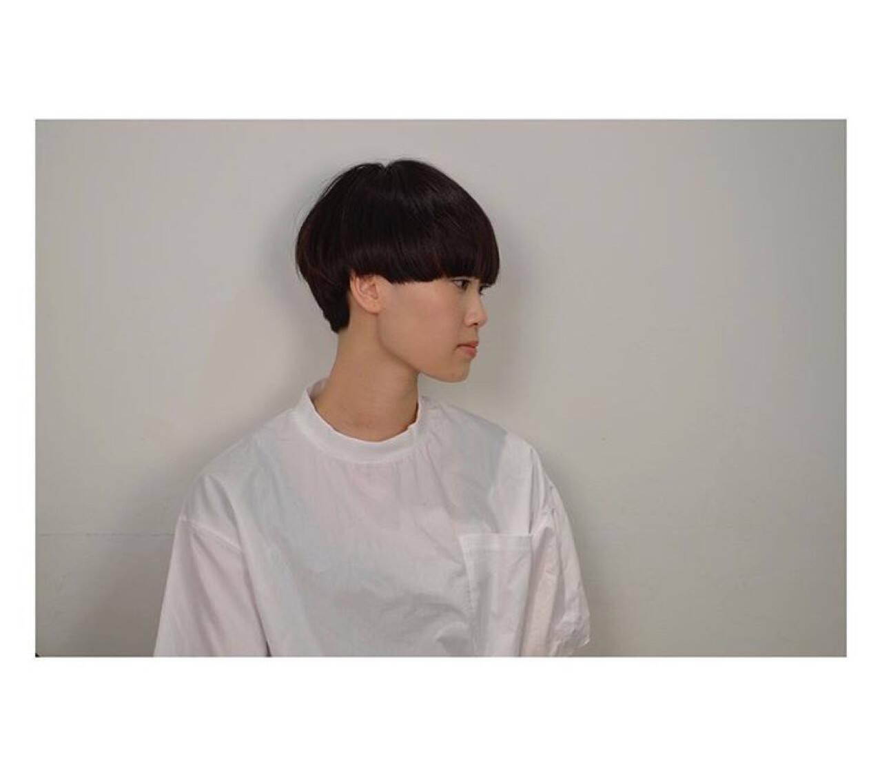 ショート ナチュラル モード 大人女子ヘアスタイルや髪型の写真・画像