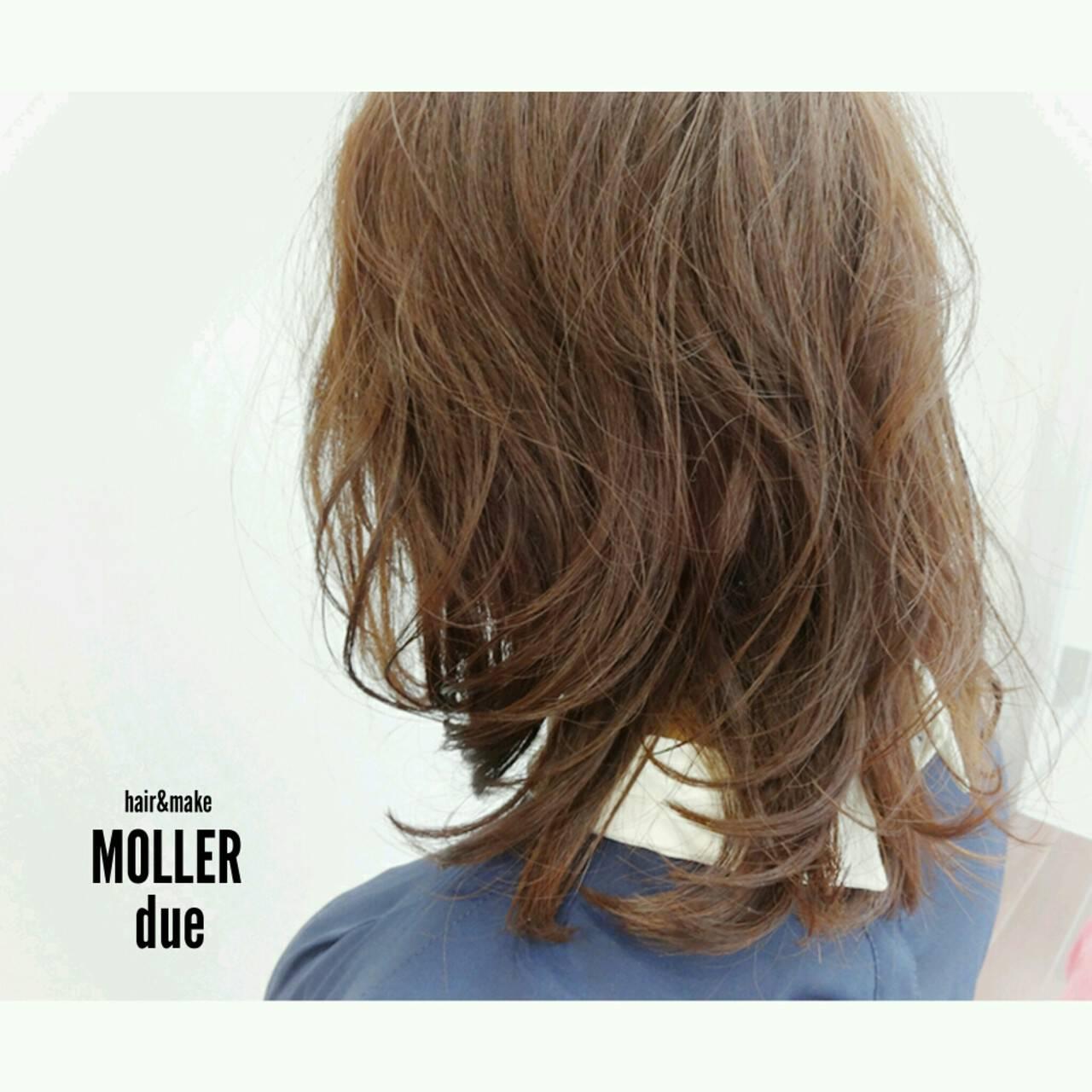 ゆるふわ ハイライト セミロング ナチュラルヘアスタイルや髪型の写真・画像