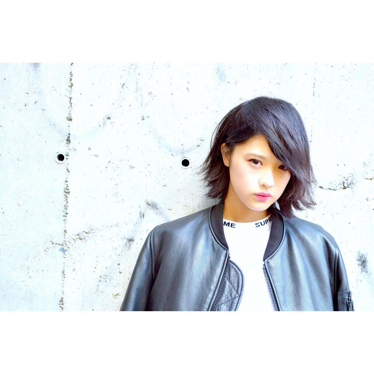 黒髪 ストリート ストレート モードヘアスタイルや髪型の写真・画像