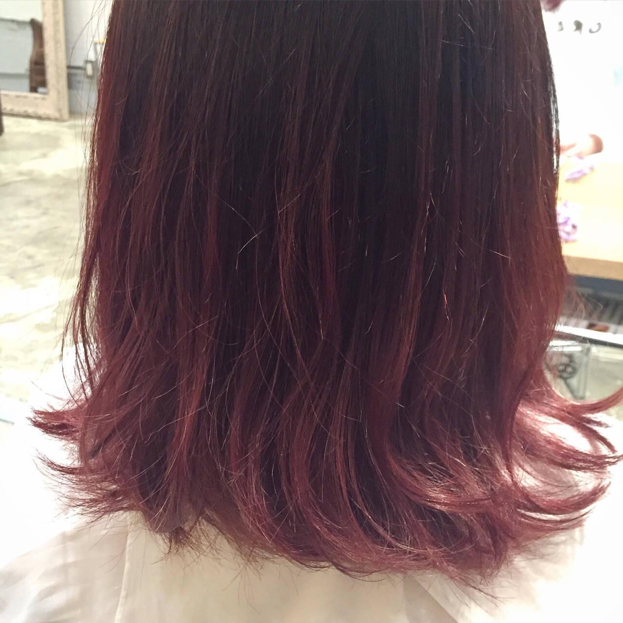 暗髪 外国人風 アッシュ ハイライトヘアスタイルや髪型の写真・画像