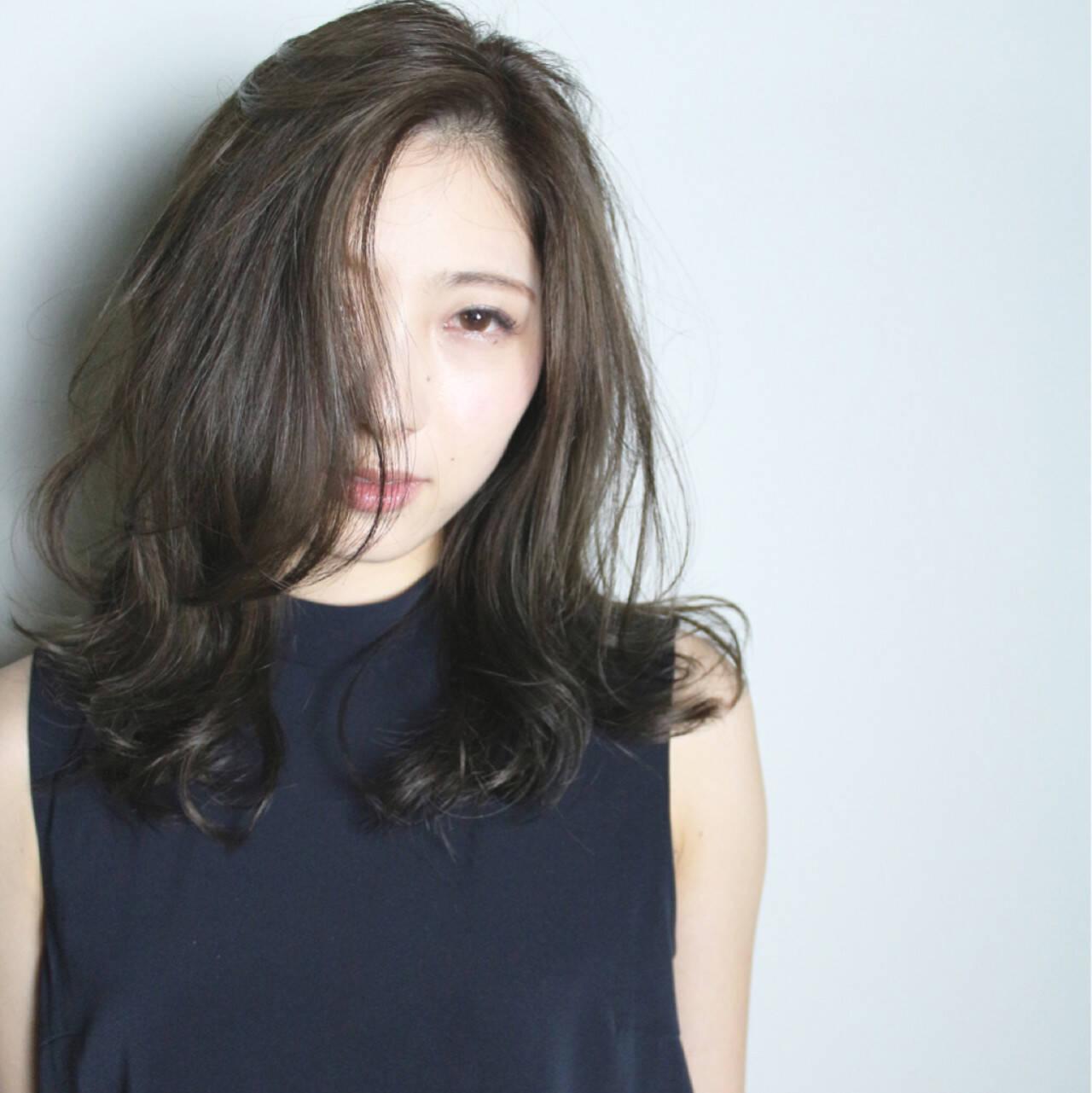 グラデーションカラー ナチュラル 外国人風 アッシュヘアスタイルや髪型の写真・画像