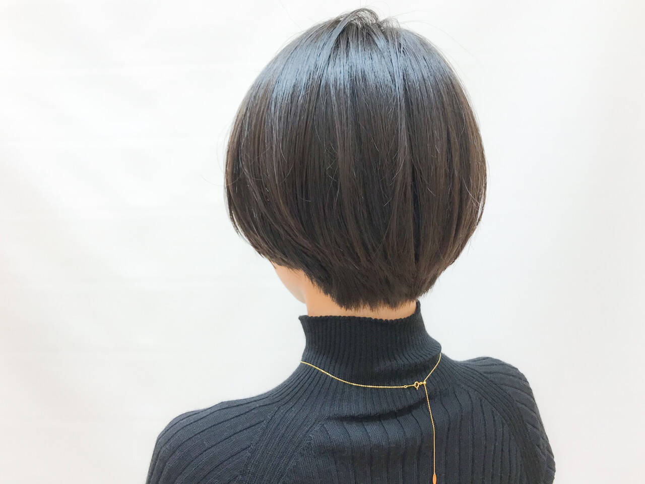 オフィス ショートボブ 大人かわいい ナチュラルヘアスタイルや髪型の写真・画像