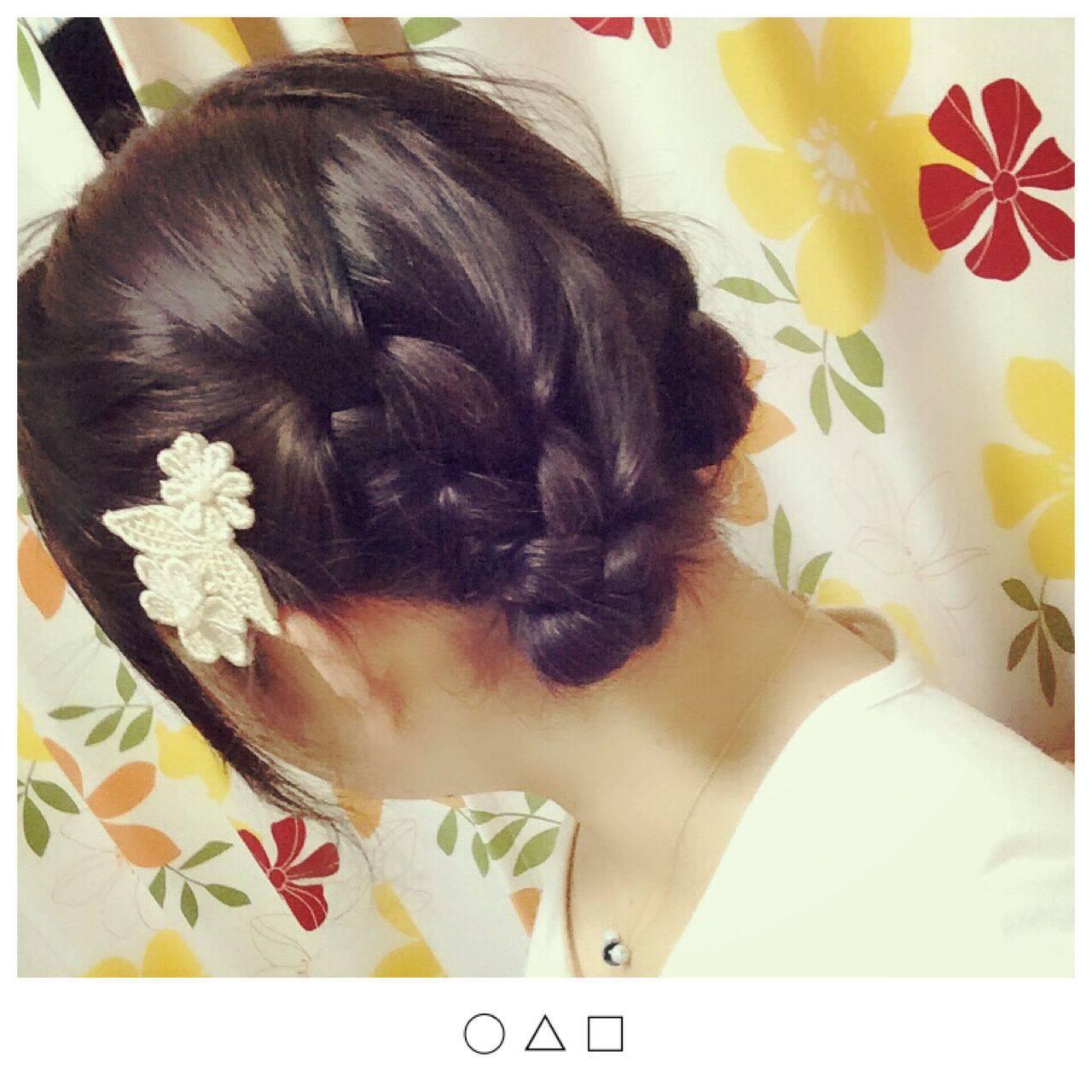 ガーリー 丸顔 ミディアム ヘアアレンジヘアスタイルや髪型の写真・画像
