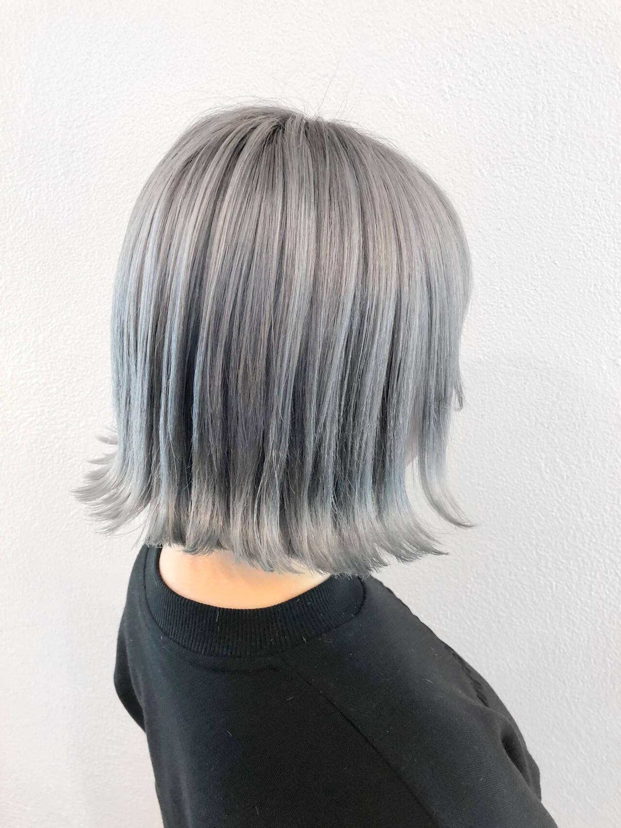 ホワイトアッシュ モード ボブ ホワイトカラーヘアスタイルや髪型の写真・画像