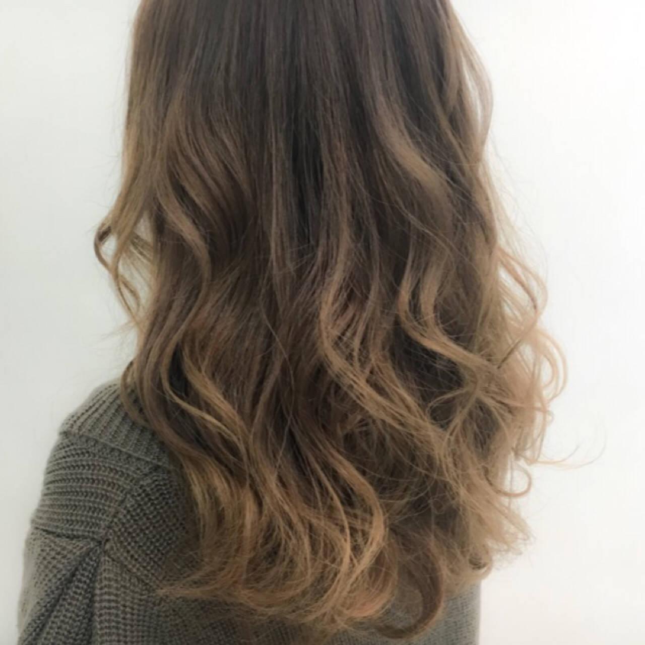ロング 外国人風 ハイライト 秋ヘアスタイルや髪型の写真・画像