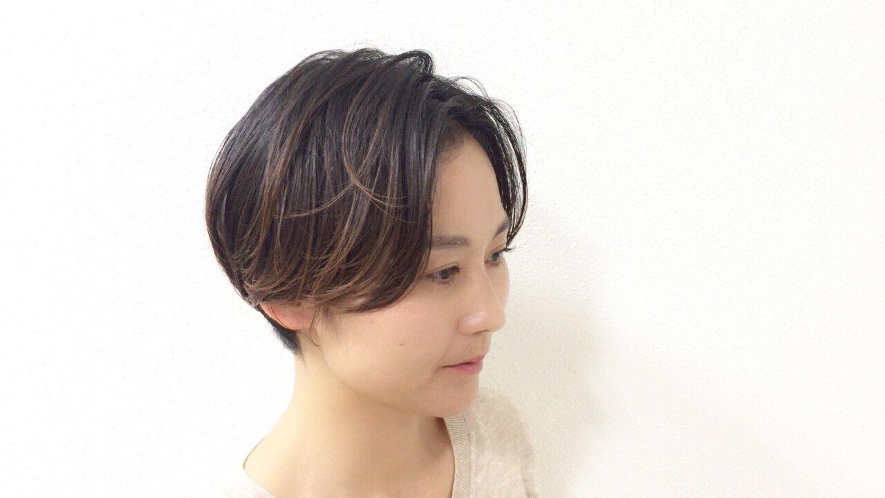 かっこいい ショート 大人かわいい ハイライトヘアスタイルや髪型の写真・画像