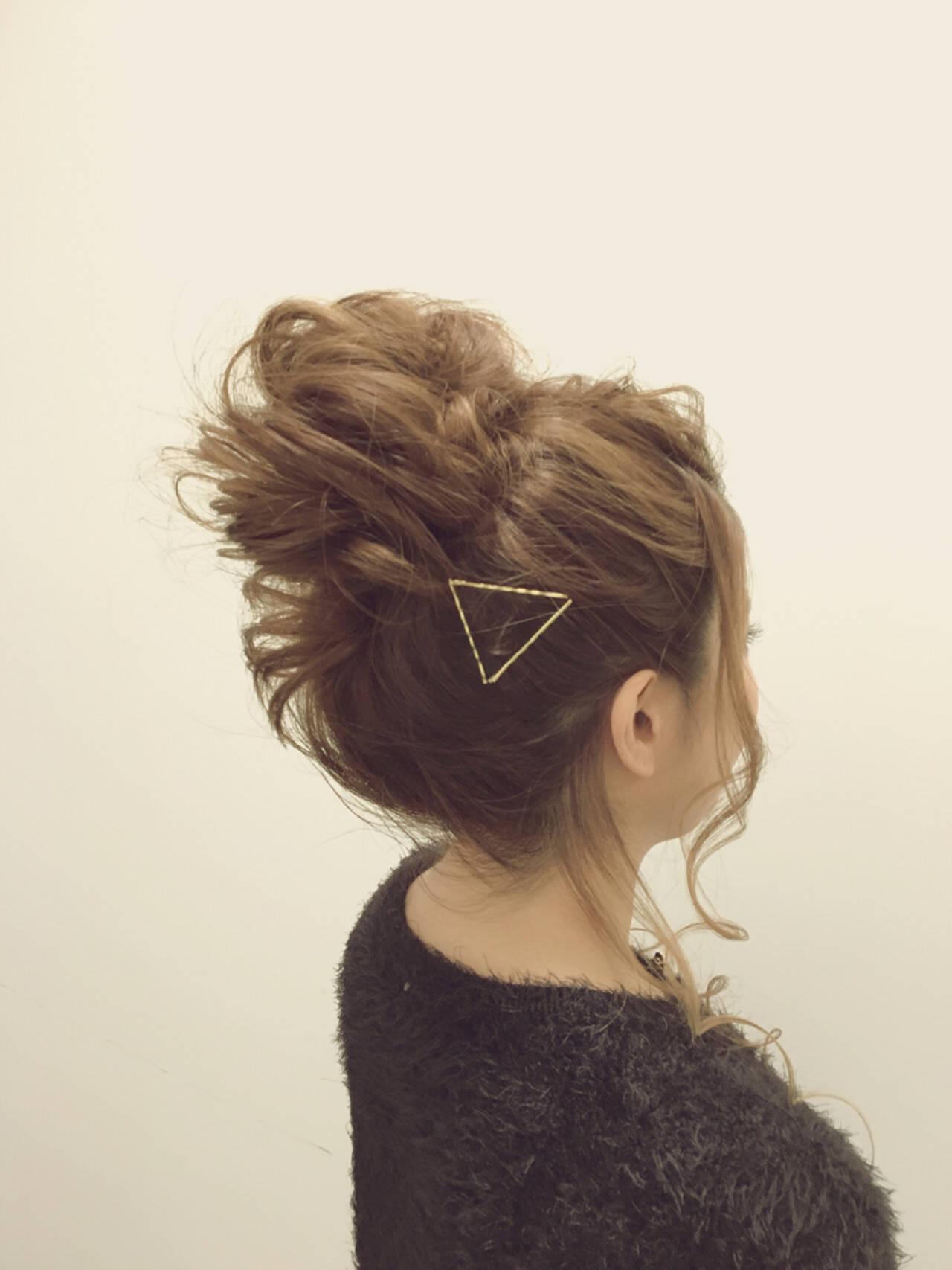 簡単ヘアアレンジ ヘアアレンジ メッシーバン 大人女子ヘアスタイルや髪型の写真・画像