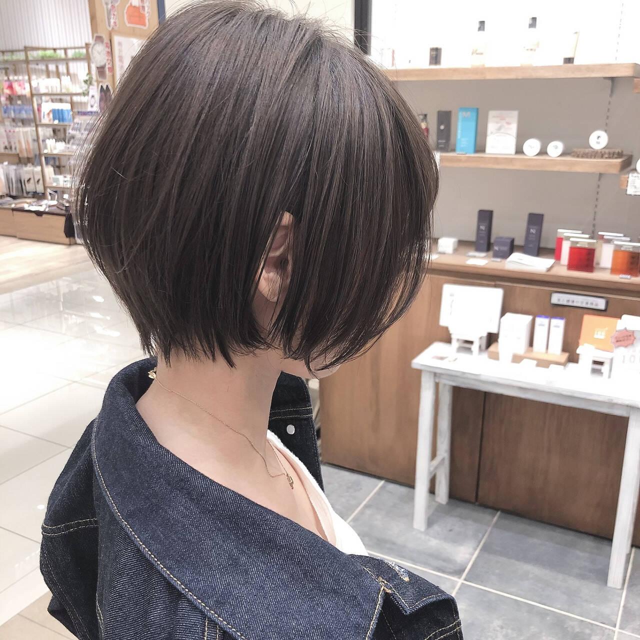 ミニボブ ベリーショート 切りっぱなしボブ ショートヘアスタイルや髪型の写真・画像