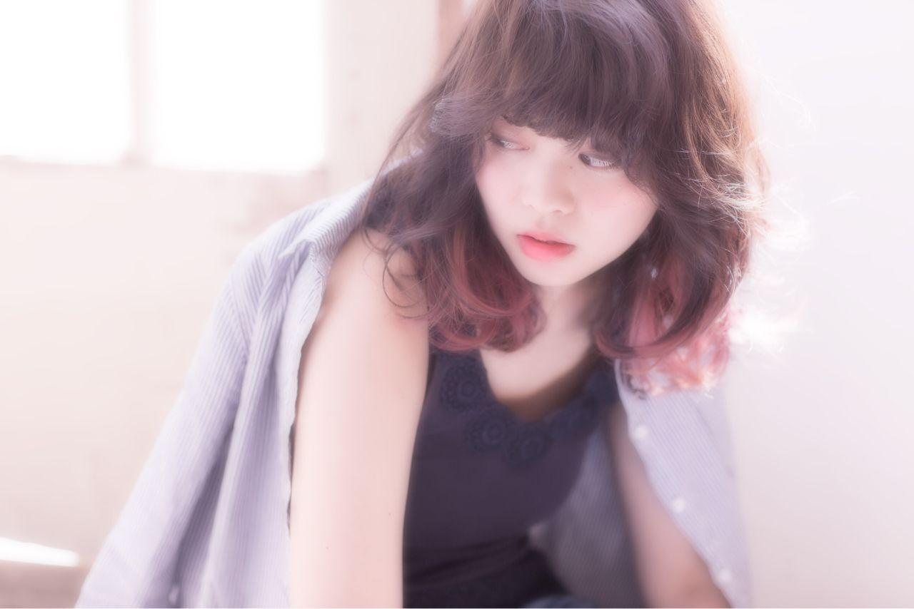 レッド 春 グラデーションカラー パンクヘアスタイルや髪型の写真・画像